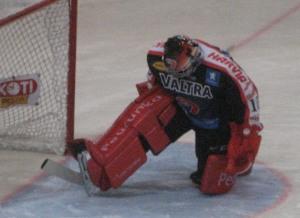 Jypin maalissa ei valitettavasti ollut suosikkini Sinuhe Wallinheimo, vaan Pekka Tuokkonen.